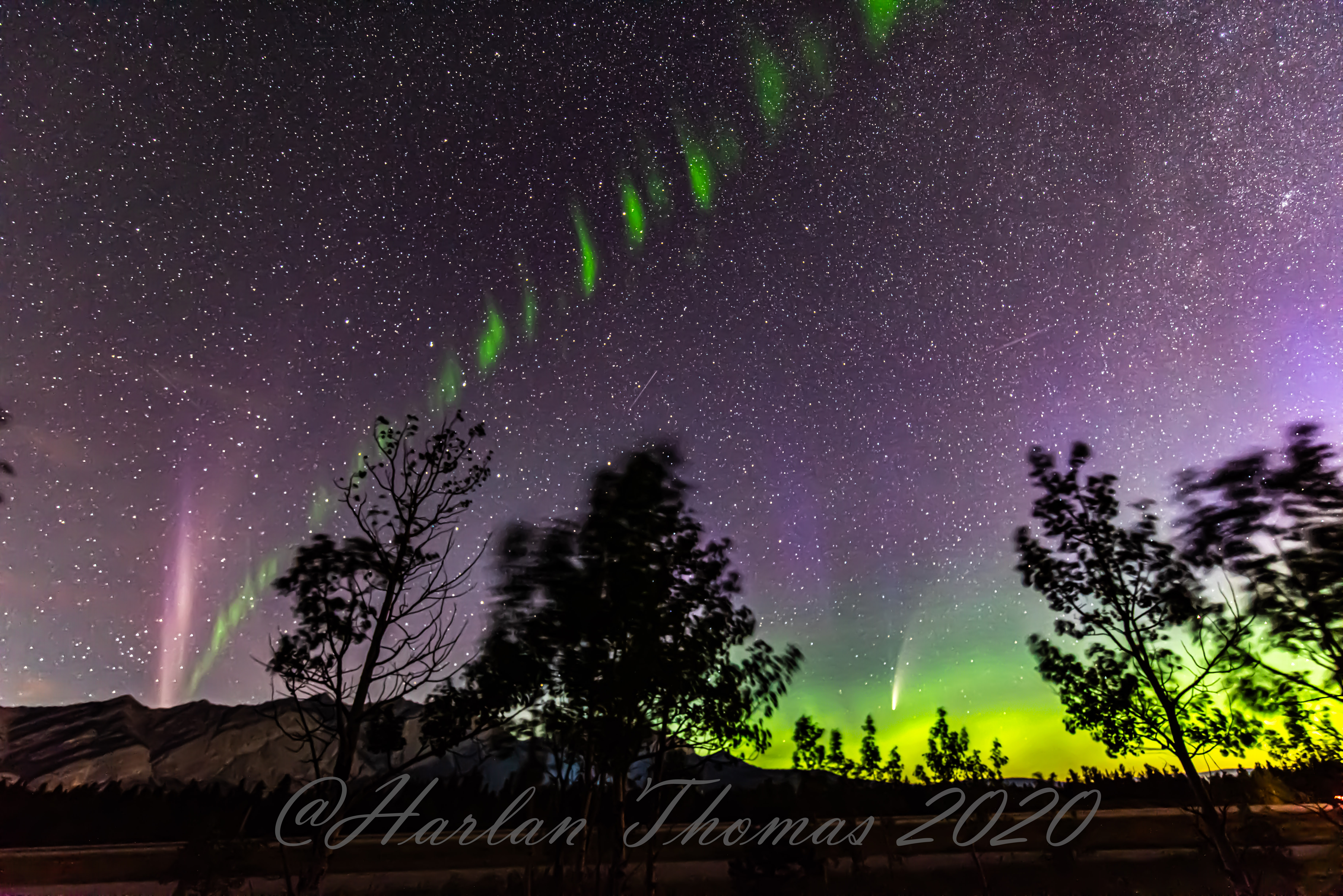 https://spaceweathergallery.com/submissions/pics/h/Harlan-Thomas-HectorsCamp-Aurora-NLC-NEOWISE-071420-11_1594762454.jpg